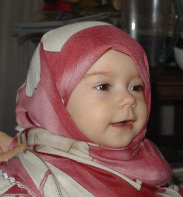 cute Babies masha Allah - Page 2 526054_1204487985_098453
